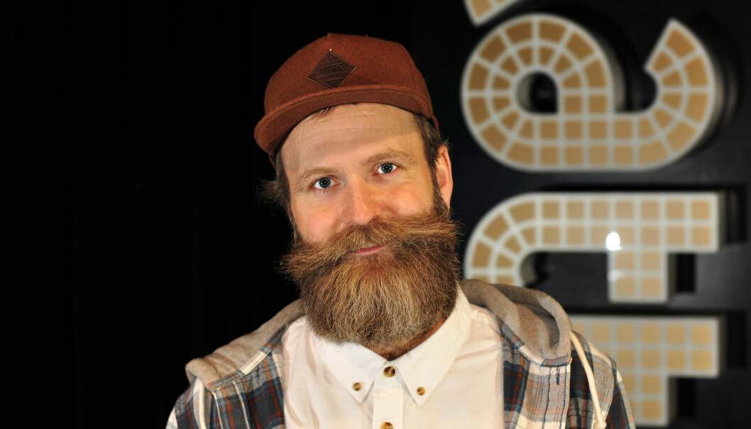 Stand up-komiker Adam Schjølberg. Foto: Reidar Engesbak.