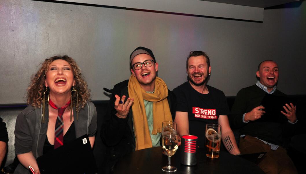 Juryen er skjønt enig i at karaoke er gøy. Foto: Reidar Engesbak.