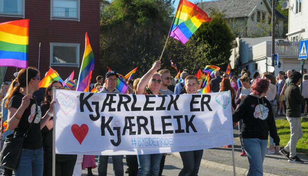 Fra paraden i Volda under Bygdepride 2018. Foto: Kjell Arne Ateinsvik.
