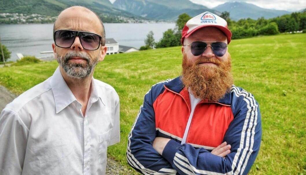 Side Brok spiller på Bygdepride. Foto: Kjell Arne Steinsvik.