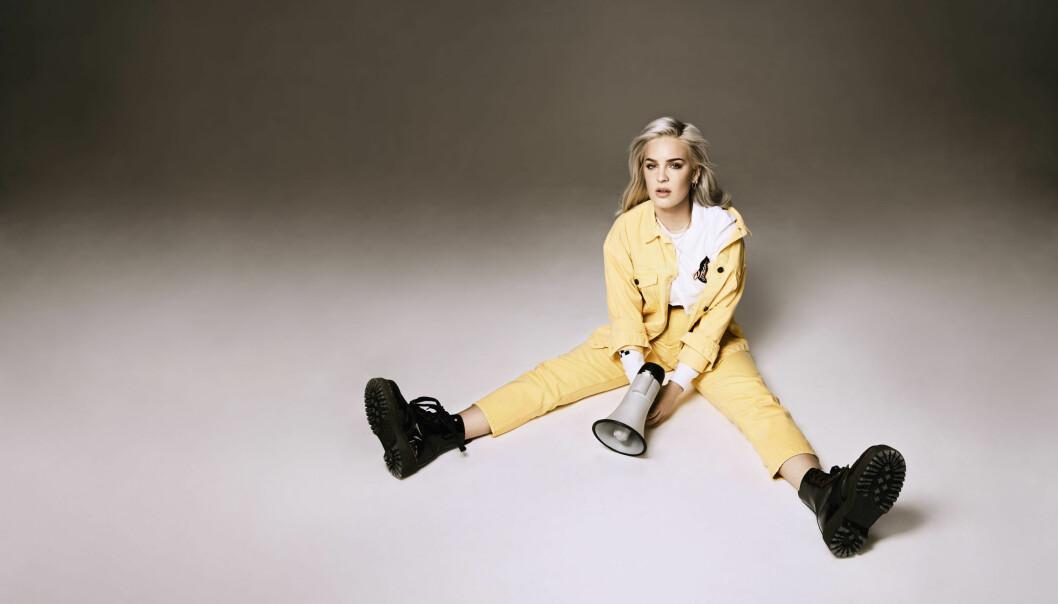 Den britiske artisten Anne-Marie er nominert til fire priser under årets Brit Awards. Foto: Michael Furlonger.