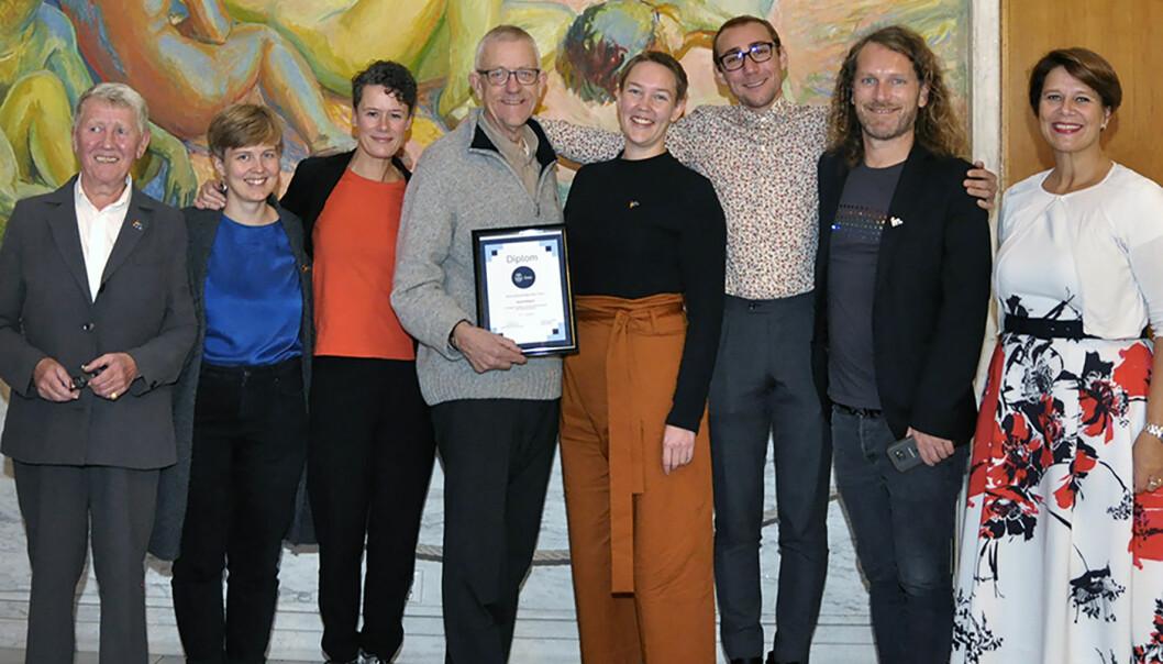 Representanter fra FRI Oslo og Akershus sammen med eldrebyråd Tone Tellevik Dahl.