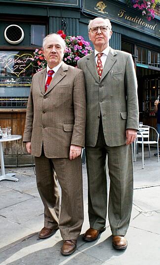 Gilbert & George har bodd og arbeidet sammen i 12 Fournier Street i Spitalfields øst i London i over 50 år.