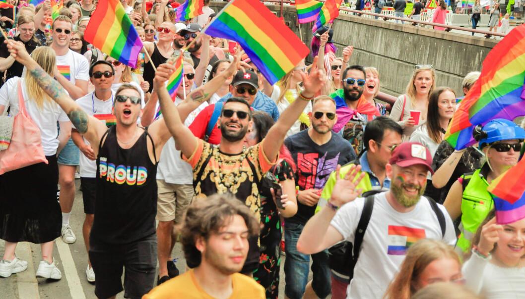 50 000 deltakere laget sammen med 275 000 tilskuere, en gigantisk folkefest da Pride-paraden jublet seg gjennom Oslos gater lørdag 22. juni.