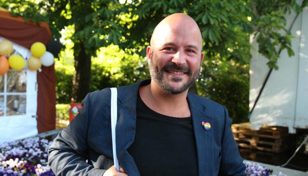 – Stemmer du på ekstremistiske høyrepartier, mener jeg at du er en dysfunksjonell homo, sier Jon Reidar Øyan.