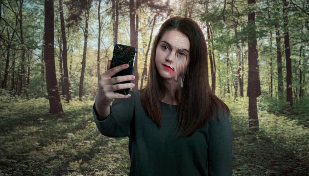 k Emily er så fiksert på Lauras lepper at alt forvrenges og hjertet er i ferd med å briste.