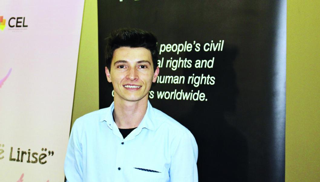 Transaktivist Blert Morinas er utmattet av rettsaken som har pågått i flere år, men er takknemlig for all støtten han har fått i Kosovo.