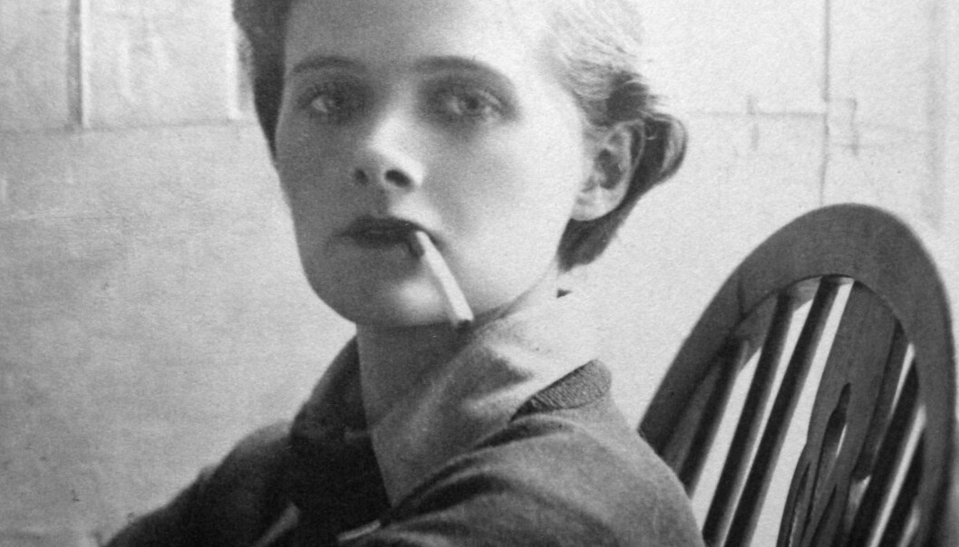 l Som ung følte Daphne du Maurier (bilde fra 1930) seg som en gutt fanget  i en kvinnekropp.  Hennes alter ego var Eric Avon. Og hun omtalte seg selv som «The Boy in the Box».