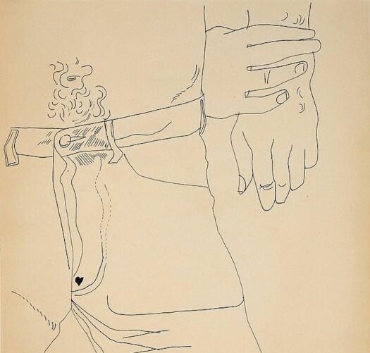 Mens Andy Warhol er mest kjent for sine ikoniske malerier av Marilyn Monroe-bokser, Campbell-suppe og Coca-Cola-flasker, vil utstillingen synliggjøre hans tilbakevendende temaer rundt begjær, identitet og livssyn fra kunstnerens arkiv. Blant annet tegningene hans fra 50-tallet.
