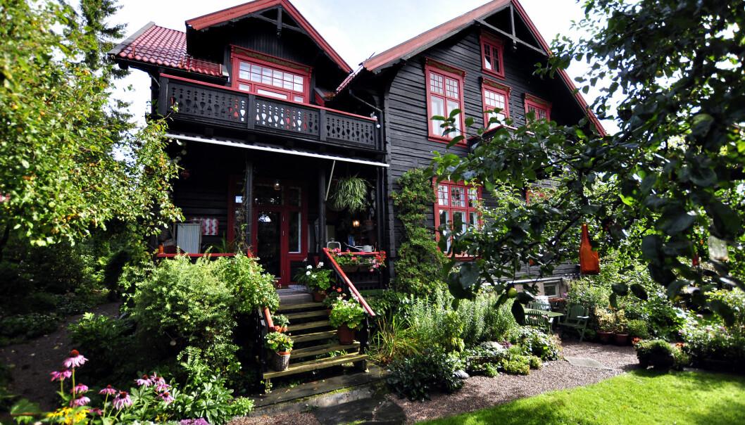 Selv om Ulf Benterud visste at han ikke hadde råd til den gamle trevillaen, «måtte han bare ha huset».