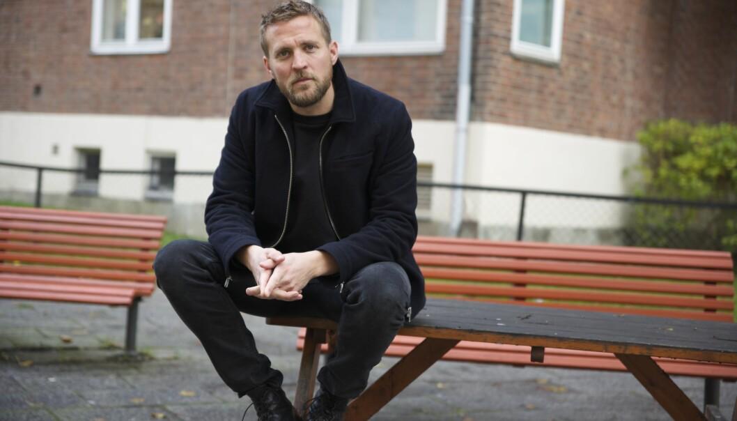 Tobias Santelmann har selv vokst opp på et lite tettsted på Sørlandet og kan ikke komme på en eneste en som kom ut av skapet i hans nærmiljø da han var ung.
