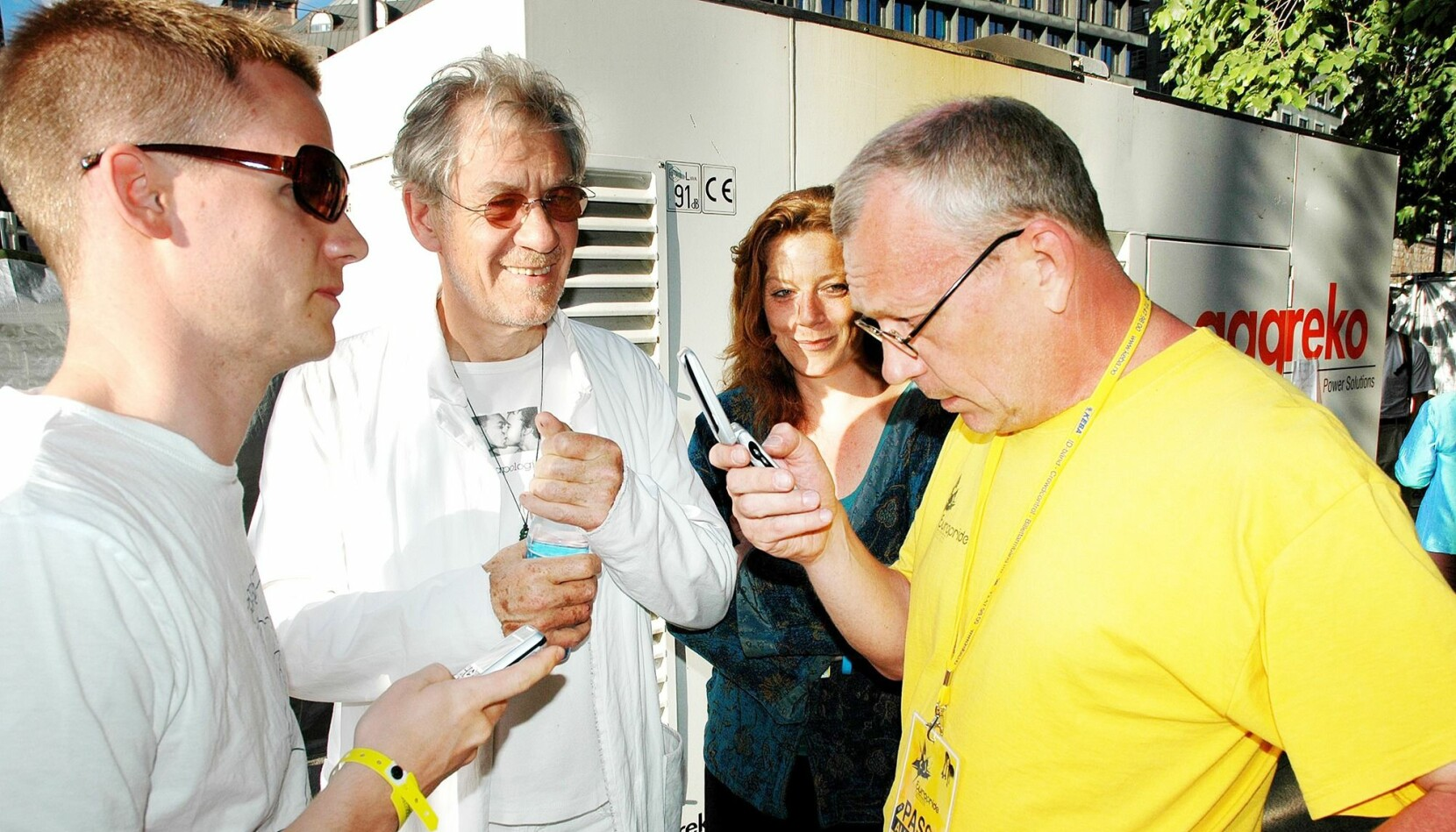 Arne Walderhaug, sjef for Europride i 2005, her i Pride Park samme år sammen med skuespiller og æresgjest Ian McKellen og Marna Eide, leder i lhbt-nettverket i Amnesty International Norge.