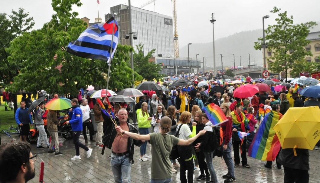 Drammen Pride 2019 var en våt affære, uten at det la en demper på stemningen.