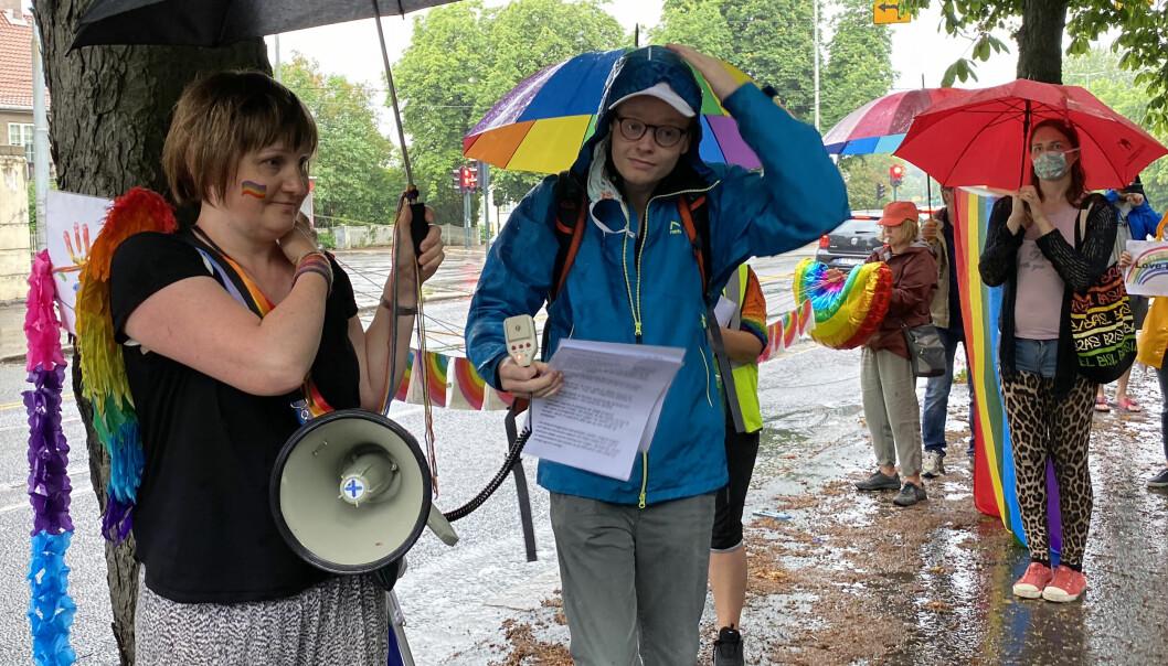 Gosia Jonczy-Adamska i gruppen Polish Pride in Norway og Fredrik Dreyer, styreleder i Oslo Pride.