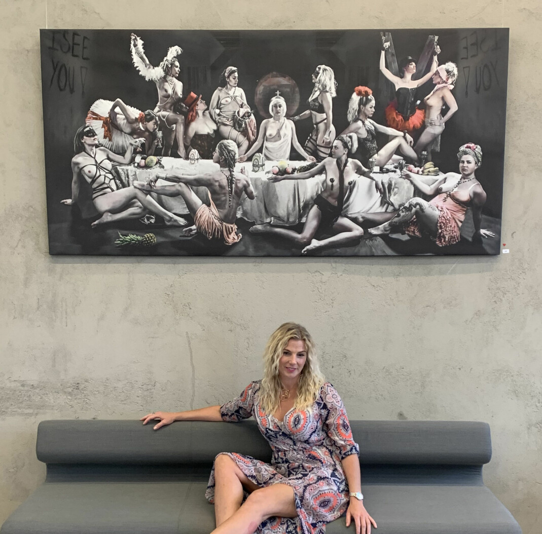 Tove-Mari Odderdal med verket «At The Last Supper We Shall Not Be Ashamed»