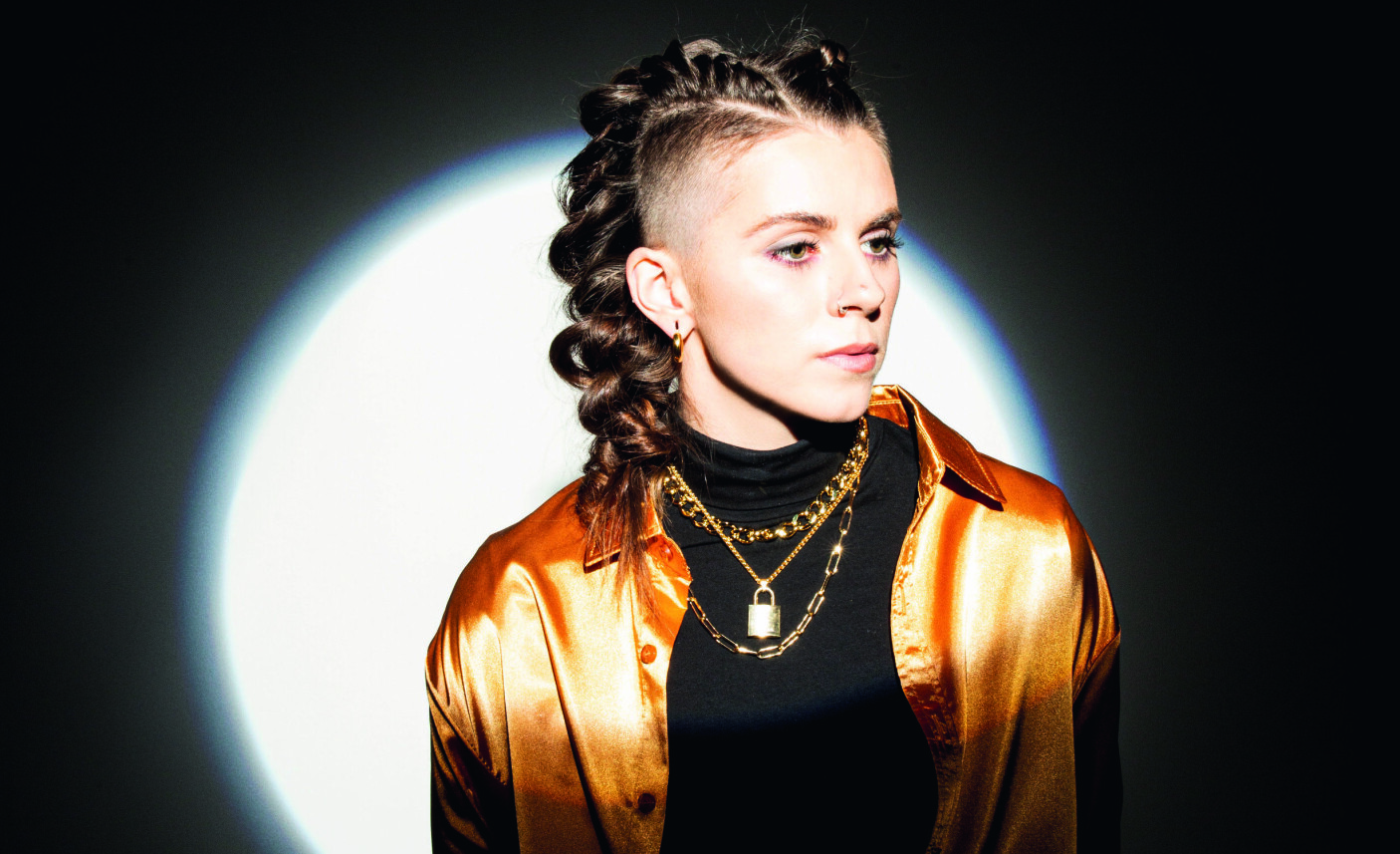 Lynn Gunn har fortalt i intervjuer at hun er «interessert i astrologi og livsstier og rare energiting». Hun har også fortalt at hun har slitt med depresjon, og at dette var en viktig inspirasjon for mye av sangskrivingen.