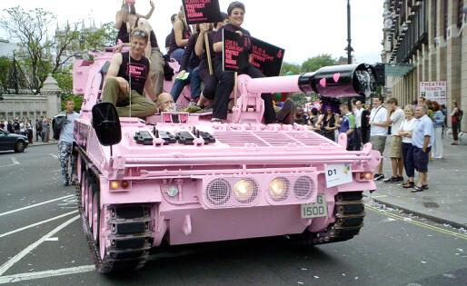 Styret i London Pride trekker seg etter rasismeanklager