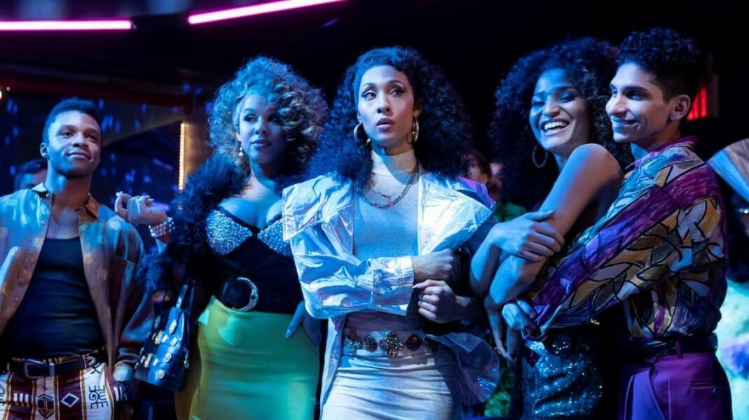 Tredje sesong av «Pose» er seriens beste. Ricky (Dyllón Burnside), Lulu (Hailie Sahar), Blanca (MJ Rodriguez), Angel (Indya Moore) og Lil Papi (Angel Bismark Curiel) gjør alle solide prestasjoner.