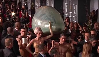 Gjenfødselen var et hovedtema i albumet, både musikalsk og estetisk. Gaga ble ofte sett i «slimkjolene» til den nederlandske kunstneren Bart Hess, og på Grammy-utdelingen ble hun båret inn i et enormt egg (!) designet av Hussein Chalayan, som hun først steg ut av under opptredenen på scenen.