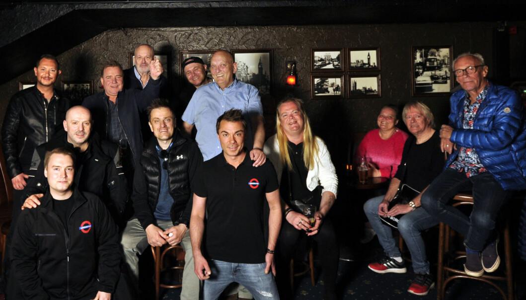 Miljøet på London Pub er sammensveiset og for mange har det blitt en familie.