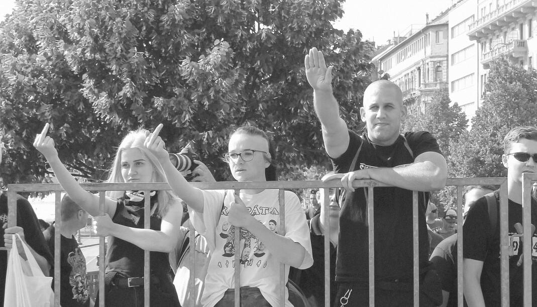 Pride-paraden i Budapest i sommer ble møtt av et mindre antall demonstranter. En fersk undersøkelse fra Zavecs Research viser at 46 prosent av ungarerne er positive til likekjønnet ekteskap.
