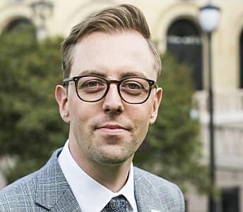 – Hvis en transmann som har fryst egg og vil gi disse til kvinnen i forholdet, hvorfor skal han ikke ha muligheten til det, sier Nicholas Wilkinson (SV) til Blikk.