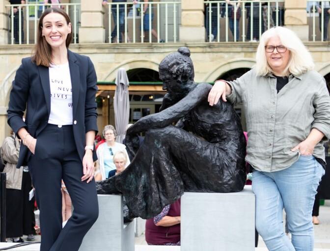 «Gentleman Jack» har fått egen statue i hjembyen Halifax