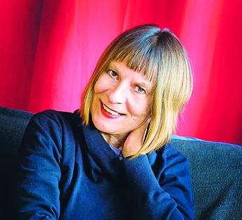 Monika Treut var en av de første som utforsket tematikk rundt flytende kjønnsidentitet og transkjønnethet på film i San Francisco mot slutten av forrige millennium.
